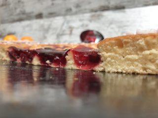 Tarta mensual – Bizcocho de naranja y cerezas